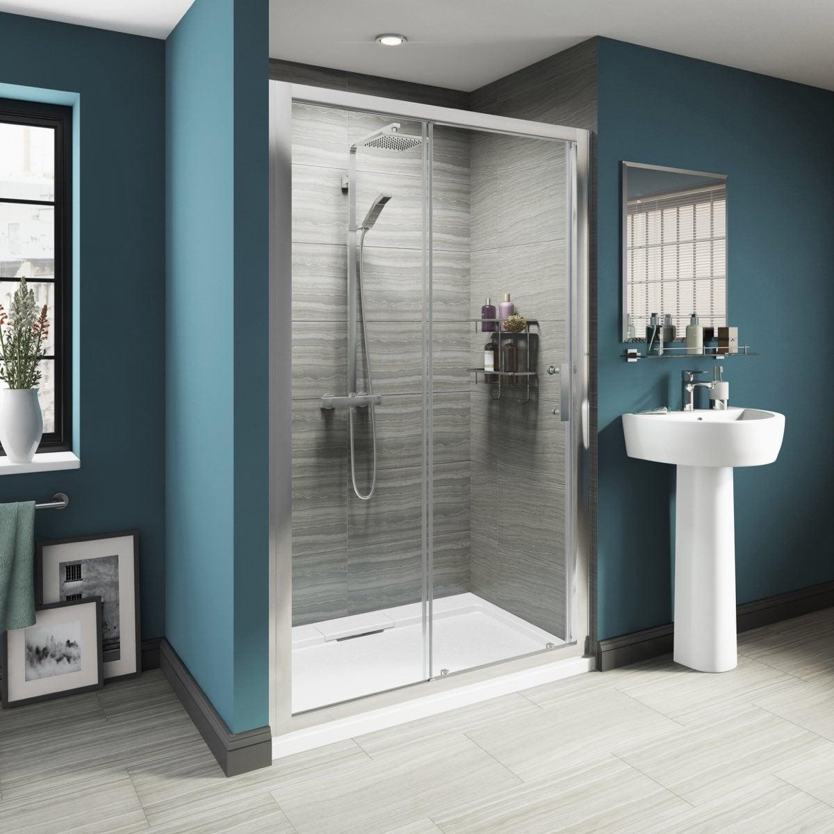 glass-shower-doors-framelles-doors